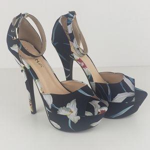 Liliana Helena dark navy flowers high heels size 8